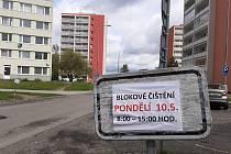 V Kladně pokračuje blokové čistění.