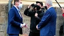 Ministr zdravotnictví Roman Prymula při návštěvě kladenské nemocnice.