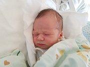 MATYÁŠ BŮŽEK, KLADNO. Narodil se 29. listopadu 2017. Po porodu vážil 3,43 kg a měřil 51 cm. Rodiče jsou Eva Hoffmanová a Ondřej Bůžek. (porodnice Kladno)