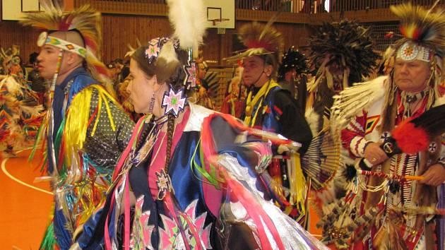Festival indiánských tanců v Kladně.