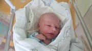 JAN ŠMAUS, STOCHOV Narodil se 17. dubna 2018. Po porodu vážil 4,05 kg a měřil 53 cm. Rodiče jsou Veronika Šmausová a Jan Šmaus.
