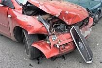 Opilá řidička bourala v Kladně.