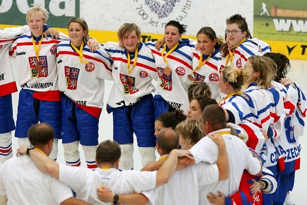 České ženy vybojovaly na MS v hokejbalu bronz.
