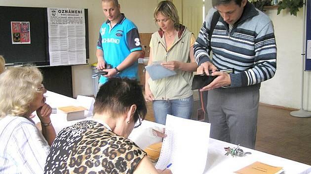 Po parlamentních a komunálních volbách čekají obyvatele Kladenska ještě doplňující volby do Senátu.