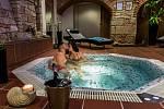 Čtyřhvězdičkový rodinný hotel Hejtmanský dvůr ve Slaném.