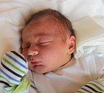 JIŘÍ JELÍNEK, RYNHOLEC. Narodil se 17. dubna 2017. Váha 3,65 kg, míra 52 cm. Rodiče jsou Kateřina Bencová a David Jelínek (porodnice Kladno).