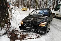 Dopravní nehoda poblíž oblasti Mostecký Mlýn nedaleko Horního Bezděkova.
