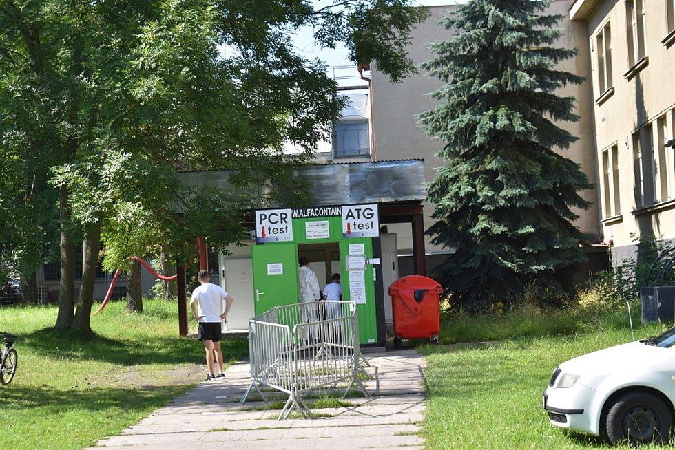 Testovací centrum v Kladně v ulici Františka Kloze.