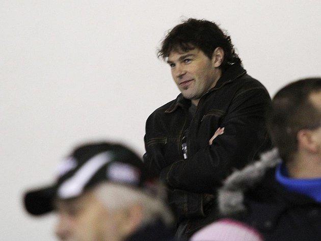 Jaromír Jágr v hledišti kladenského zimáku. Nyní by se měl stát hlavním podílníkem nově utvořené hokejové akciové společnosti.