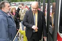 Navidomí navštívili areál ČSAD Kladno.