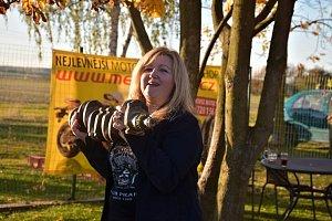 OBRAZEM: Zahřátí motorů ve Stochově