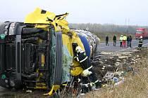 Smrtelná nehoda na silnici I/7 u Slaného