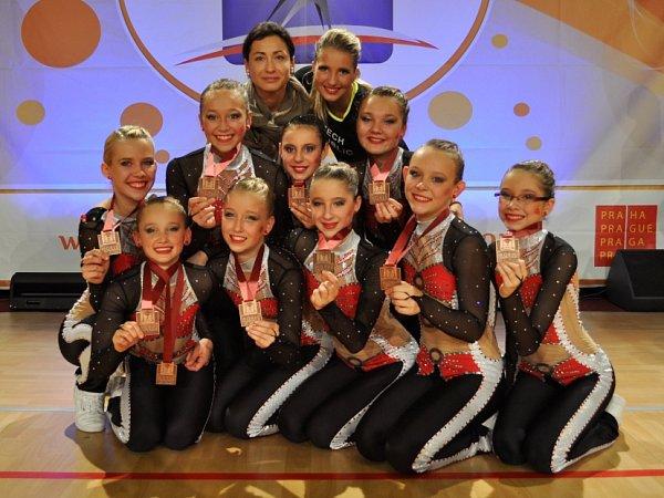 Nadějné kadetky Dancers získaly bronzové medaile.