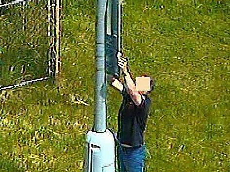 Výtečníka zachytilo oko kamerového systému při činu