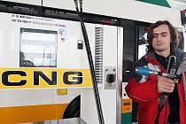 Autobusy poháněné plynem používá už například liberecký dopravní podnik. Za několik měsíců by taková vozidla mohla brázdit i kladenské ulice.