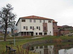 Nově vybudovaný dům pro seniory v Žižicích.