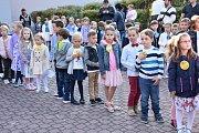 Začátek školního roku ve Slaném.