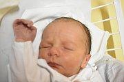 JIŘÍ PECEN, LIDICE. Narodil se 18. prosince 2017. Po porodu vážil 3,80 kg a měřil 49 cm. Rodiče jsou Alena Šťastná a Ladislav Pecen. (porodnice Kladno)