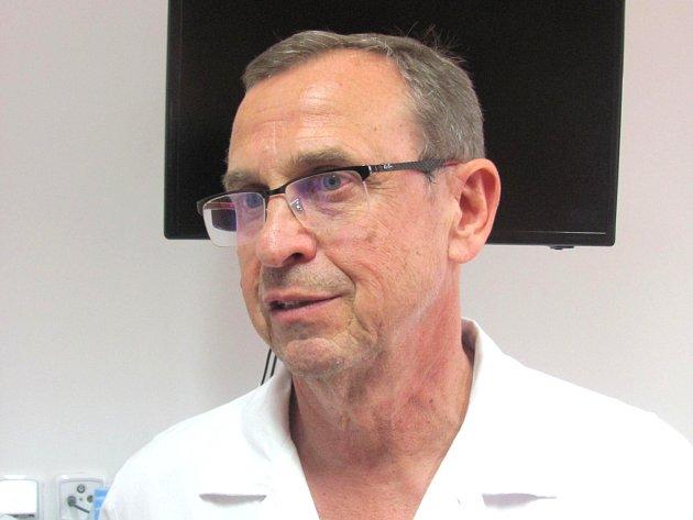 Online rozhovor s primářem kladenské gynekologie Petrem Ullrychem