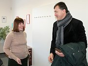 Na snímku jednatelka AVE Kladno Šárka Bukovská s provozním ředitelem Petrem Nedbalem.