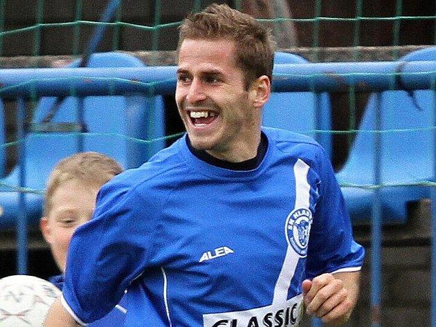 Jiří Kabele // SK Kladno - FK Baník Most  5:3 (2:1)  , utkání 22.k. 2. ligy 2010/11, hráno 17.4.2011