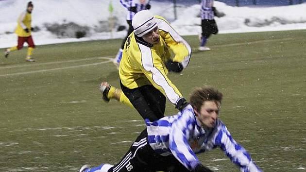 Braškov - Družec, přípravné fotbalové utkání, hráno 30.1.2010 UT Kladno