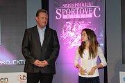 1. Niamh Štricová - stolní tenis (vpravo)