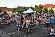 Hudba na náměstí ve Slaném - Music on the Square, první koncert slánské kapely Kujooni v sezoně 2016