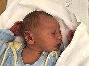 JAN BENEDA, HOSTOUŇ. Narodil se 17. května 2019. Po porodu vážil 3,99 kg a měřil 52 cm. Rodiče jsou Barbora Kukelková a Ladislav Beneda. Sestřička Kateřina. (porodnice Slaný)