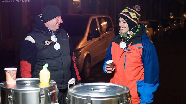 Vánoční běh na Stochově.