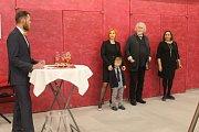 Vernisáž obrazů Ladislava Marii Wagnera v Domě kultury v Kladně na Sítné.
