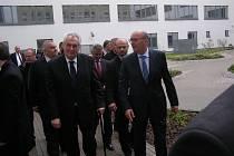 Prezident Miloš Zeman navštívil kladenskou nemocnici.