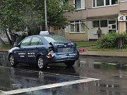 Nehoda autobusu a vozidla autoškoly