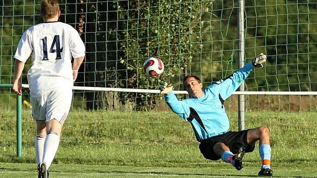 Sokol Hostouň - AFK Tuchlovice - 3:2 (1:0), utkání I.A. tř., 2010/11, hráno 28.8.2011