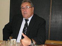 Dosavadní starosta Kmetiněvsi Luděk Kvapil