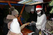 Družec ožil koncertem, jarmarkem, vánočním tvořením i příjezdem Mikuláše.