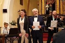 Z koncertu ve družeckém kostele Nanebevzetí Panny Marie.