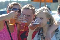 Nad lidské síly bylo ochutnat několik desítek druhů piv. A nešlo jen o tekutý mok. Mlsný jazyk měl z čeho vybírat.