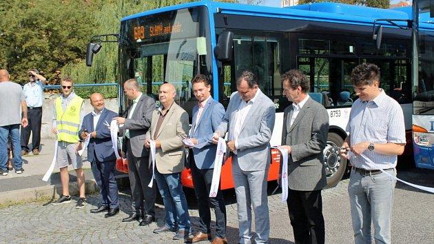 Slavnostní spuštění integrované dopravy ve Slaném