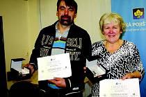 Dva ocenění za záchranu lidského života Karel Drábek z Mšeckých Žehrovic a Jitka Hanušová ze stejné obce
