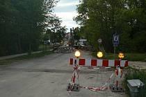 Rekonstrukce mostů v Kamenných Žehrovicích.
