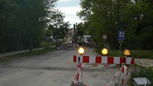 Brigdy - Voln msta v lokalit Kamenn ehrovice (i s platy
