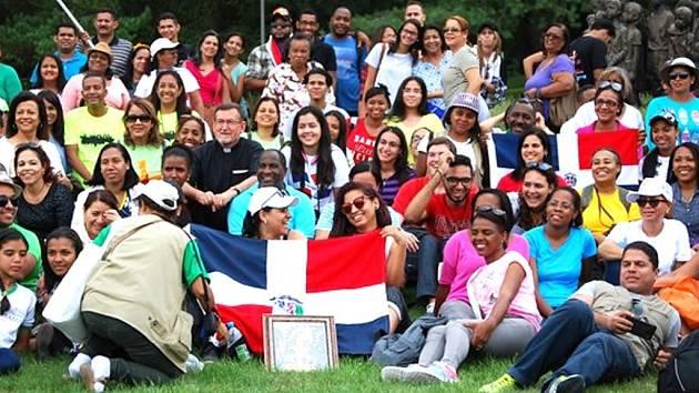 Do Památníku Lidice zavítali poutníci z daleké Dominikánské republiky.