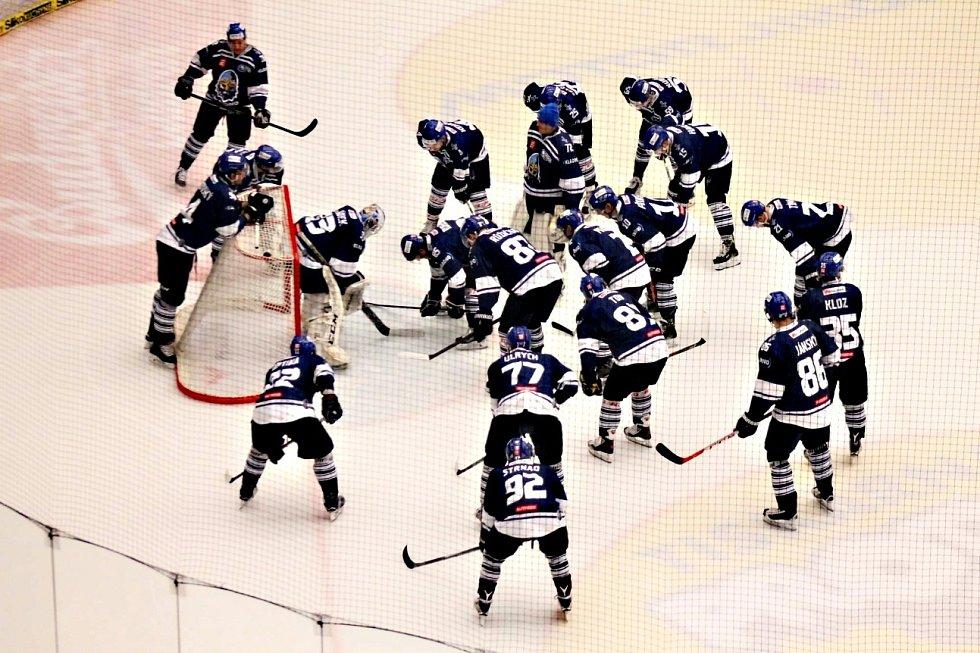 Kladno (v modrém) vyhrálo v Českých Budějovicích.