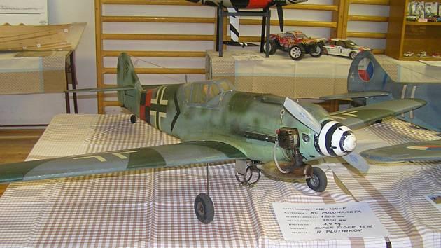 Návštěvníci mohli obdivovat věrné kopie válečných letounů.