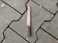 Nůž coby předmět doličný.
