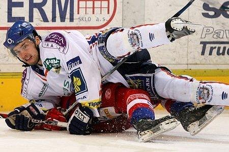 Boje s Budějovicemi má za sebou, teď může Richard Diviš pomoci hokejbalistům Jungle Fever.