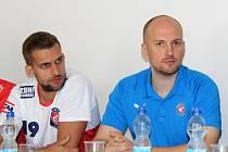 Kanonýři Kladno před novou sezonou: nový kouč Jan Pazdera a Ondřej Riebauer.