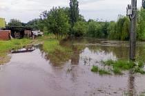 Záplava po nedělní bouřce ve Velvarech
