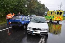 Dopravní nehoda tří aut v Kladně v pátek odpoledne